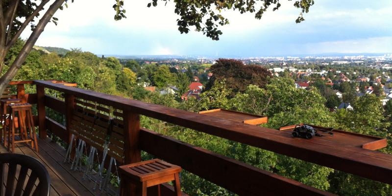Besen Blick mit Terrasse